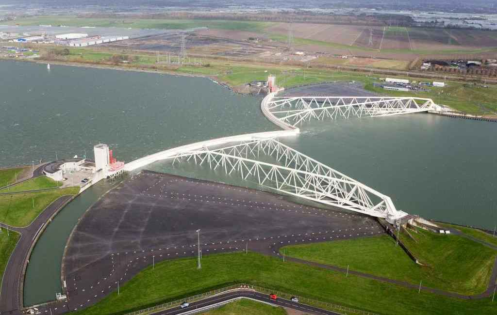 Protipovodňové a vodné hospodárstvo mesta – Rotterdam, Holandsko