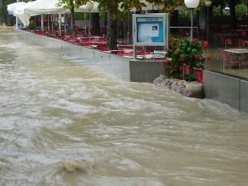 Povolenie prirodzeného toku povodňovej vody