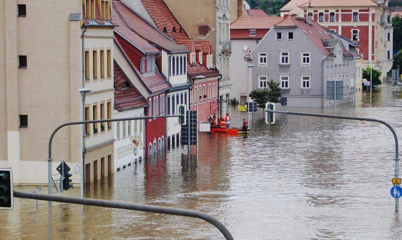 Ako pripraviť školu a študentov na extrémny dážď a povodne?